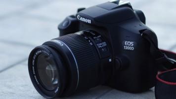 yine-bir-canon-harikasi-daha-canon-eos-1300-d